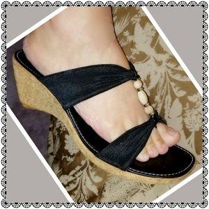 {Italian Shoemakers} wedge sandals, 9